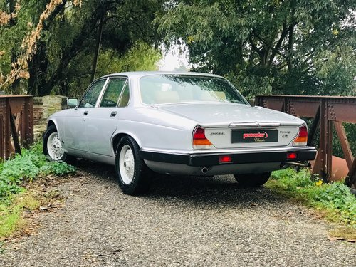 1983 JAGUAR SOVEREIGN 4.2 For Sale (picture 2 of 6)