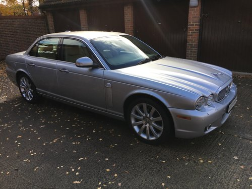 2009 Stunning Xj6 with only 45k miles, X358 one of the last! For Sale (picture 1 of 6)