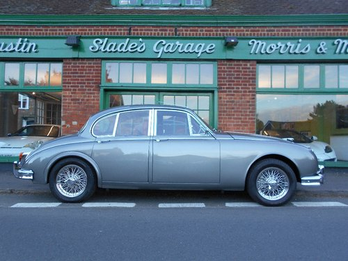 1965 Jaguar MKII 3.8 Manual  For Sale (picture 1 of 5)