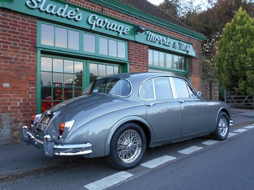 1965 Jaguar MKII 3.8 Manual  For Sale (picture 3 of 5)