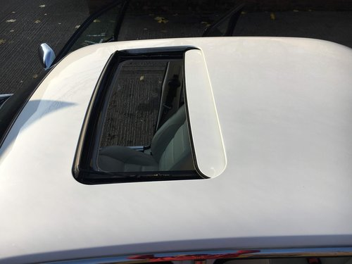 1998 Jaguar XJR original White with Ivory leather and Sunroof For Sale (picture 6 of 6)