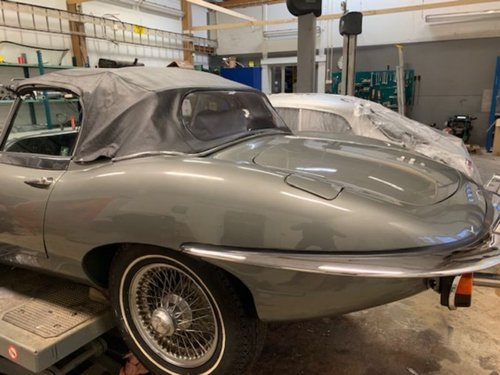 1970 Jaguar E-Type 4.2 Serie 2 Roadster For Sale (picture 2 of 6)
