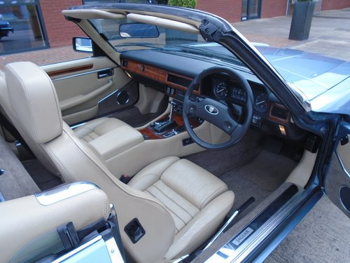 1989 Jaguar XJS V12 Convertible For Sale (picture 2 of 6)