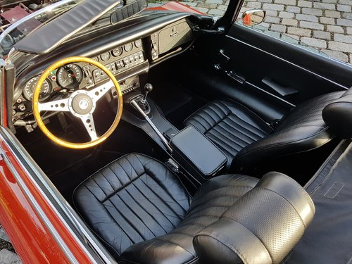 1971 Jaguar E-Type V12 Roadster, manual gearbox For Sale (picture 3 of 6)