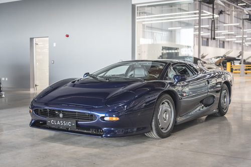 1994 Jaguar XJ220  SOLD (picture 3 of 6)