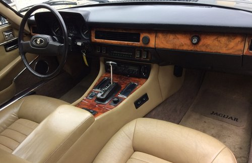 1988 Jaguar XJS V12 For Sale (picture 5 of 5)