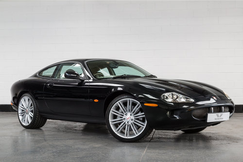 2000 JAGUAR XKR Supercharged Coupe-Outstanding History For Sale (picture 1 of 6)