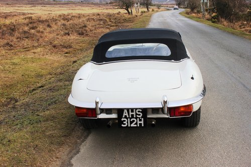 Jaguar E Type Series 2 Roadster 1970 Matching UK Car For Sale (picture 5 of 6)