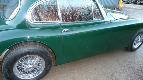 1960 XK150 3.8 Fixed Head Coupe Similar to 'S' specification For Sale (picture 4 of 6)