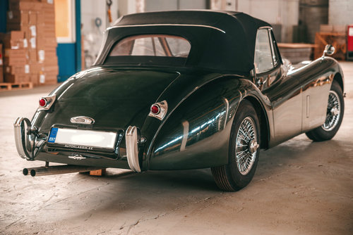 1953 Jaguar XK120 Drophead Coupe British Racing Green. For Sale (picture 4 of 6)