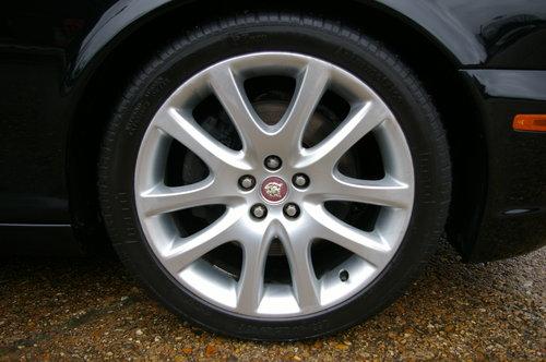 2008 Jaguar XJ 2.7 TD SOVEREIGN LWB Auto Saloon (19,543 miles) SOLD (picture 6 of 6)