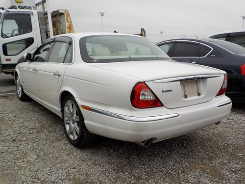 2006 JAGUAR XJ8 3.0 EXECUTIVE WITH LEATHER INTERIOR  For Sale (picture 2 of 6)