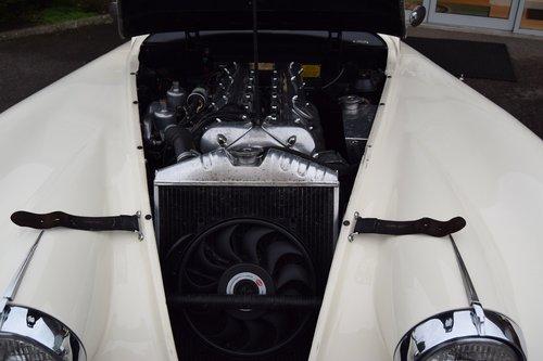 1955 White Jaguar XK140 FHC  For Sale (picture 6 of 6)