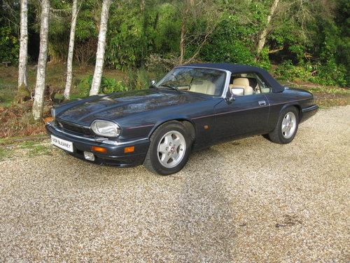 1993 Rare 6 Litre V12 Jaguar XJS Convertible.  For Sale (picture 2 of 6)
