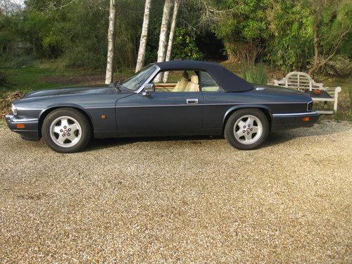 1993 Rare 6 Litre V12 Jaguar XJS Convertible.  For Sale (picture 5 of 6)