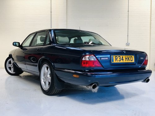 1998 JAGUAR XJR 4.0 SUPERCHARGED X308 - SAPPHIRE BLUE SOLD (picture 4 of 6)