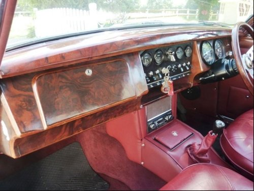 1968 IMMACULATE RHD JAGUAR MK2 3.4 MANUAL OVERDRIVE IN GERMANY SOLD (picture 5 of 6)