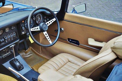 1975 Jaguar E-TYPE V12 ser3 convertible € 94.500 For Sale (picture 2 of 6)