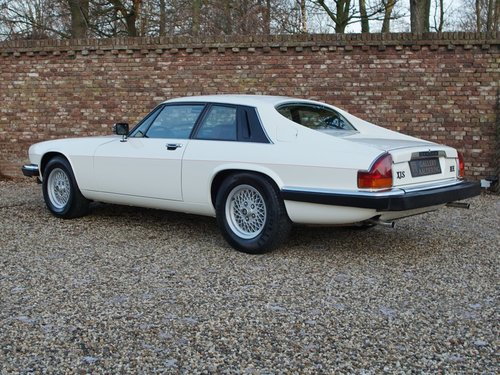 1985 Jaguar XJ-S V12 HE superb original condition, only 29.522 mi For Sale (picture 2 of 6)