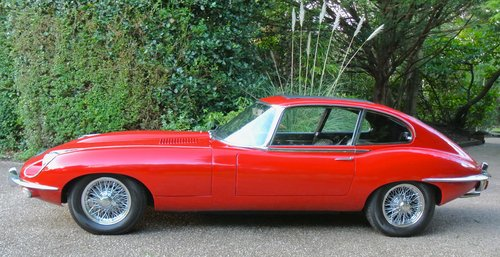 1969 JAGUAR E TYPE SERIES II 2+2 Coupe Auto   RHD with sun roof For Sale (picture 3 of 6)