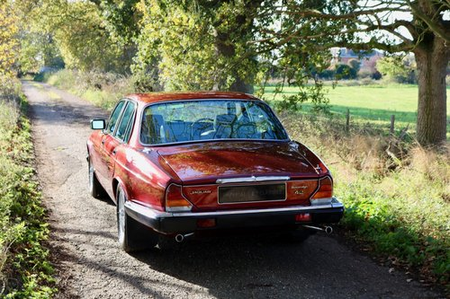 1984 Jaguar XJ6 Sovereign Series 3 For Sale (picture 3 of 6)