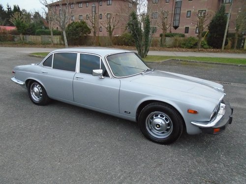 1978 JAGUAR XJ12 5.3 LWB SERIES 2 LHD (1979) SILVER! 99% RUSTFREE For Sale (picture 1 of 6)