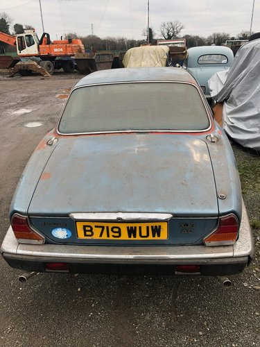1984 1985 Jaguar 4.2 XJ6, 0NLY 25379 MILES For Sale (picture 6 of 6)
