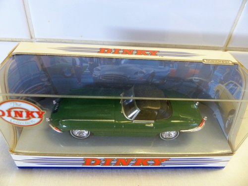 """1968 JAGUAR """"E"""" TYPE-GREEN WITH TAN INTERIOR For Sale (picture 2 of 6)"""