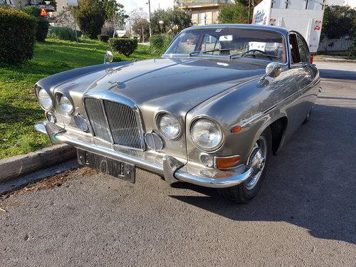 1968 Jaguar 420G SOLD | Car And Classic