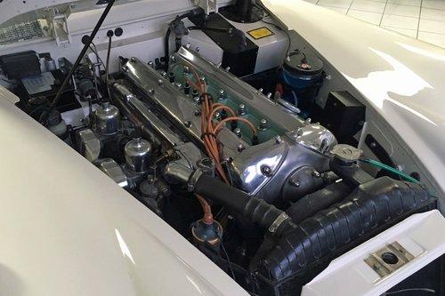 Jaguar XK150 DHC RHD 1960 SOLD (picture 5 of 6)