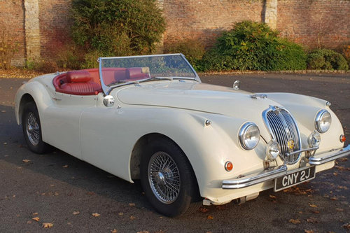 Jaguar XK120 | Hire a stunning XK120 in Yorkshire  For Hire (picture 1 of 4)