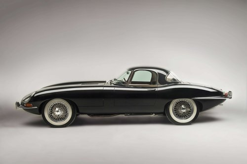 1962 Jaguar Type E Série 1 3,8L Roadster avec Hard Top For Sale by Auction (picture 2 of 5)