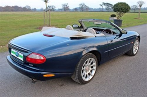 1999 JAGUAR XKR CONVERTIBLE 37,000 MILES For Sale (picture 5 of 6)