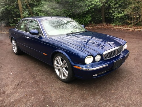 2004 Jaguar XJ8 3.5 V8 Only 43k miles and totally original For Sale (picture 1 of 6)