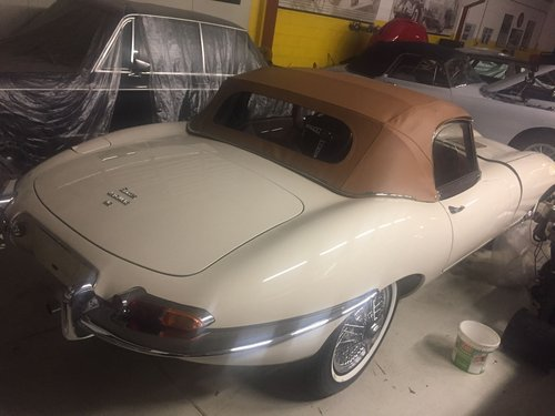 1964 Jaguar E-TYPE SERIE 1 Roadster 4.2 1966 LHD For Sale (picture 3 of 6)
