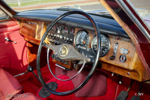 1967 Daimler 250 V8 Manual For Sale (picture 2 of 6)