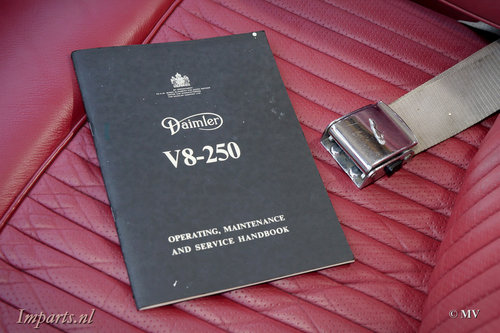 1967 Daimler 250 V8 Manual For Sale (picture 3 of 6)