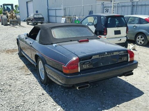1990 XJ12 Convertible LHD For Repair-  Hackney London For Sale (picture 2 of 6)