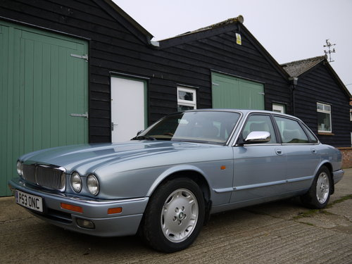 1997 JAGUAR XJ6 3.2 EXECUTIVE - FSH AND GREAT VALUE !! SOLD (picture 2 of 6)