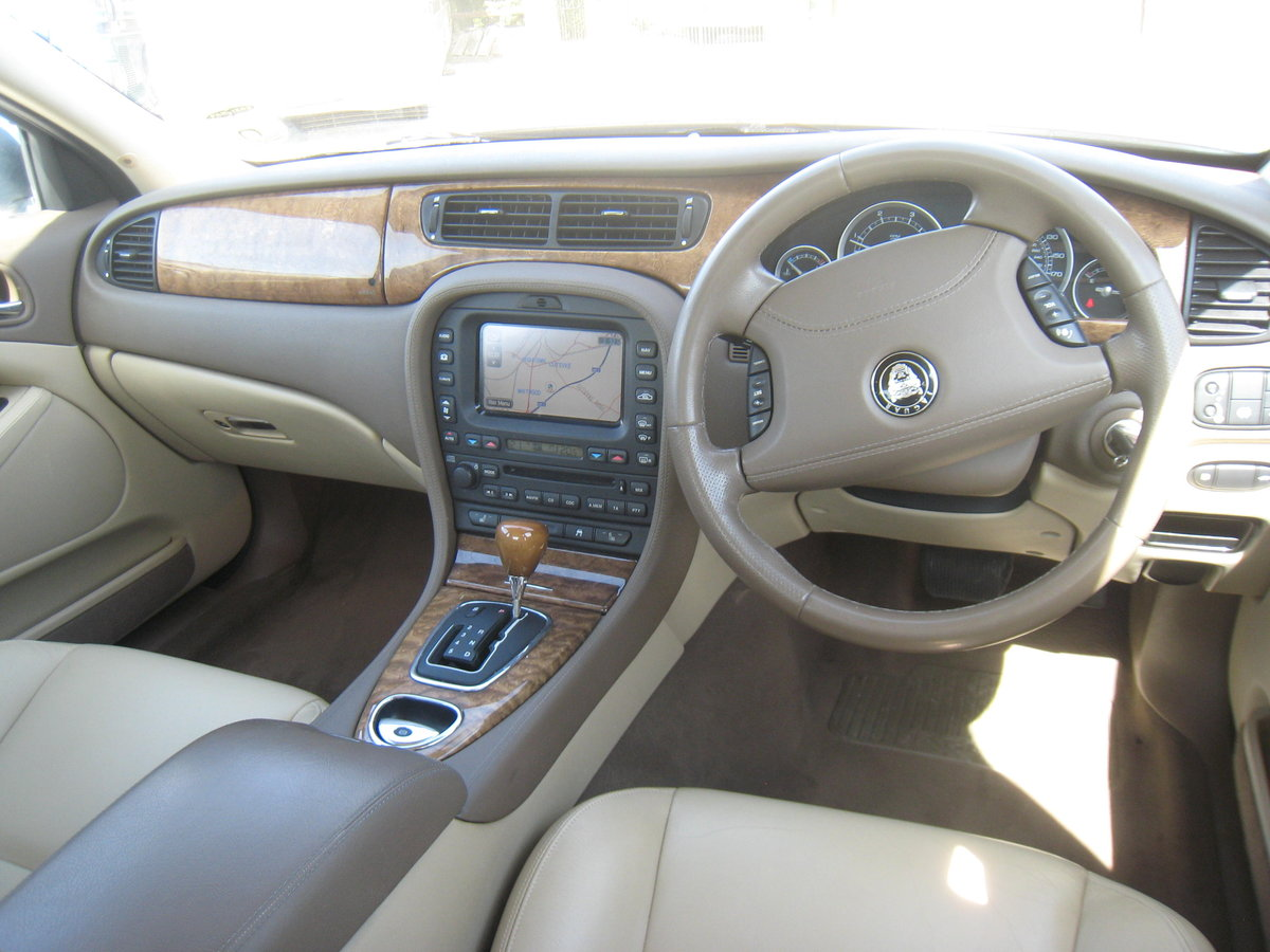 2007 Jaguar S-Type 2.7 TD V6 SE 4 door Auto For Sale (picture 3 of 6)