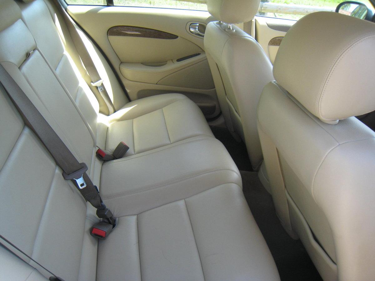 2007 Jaguar S-Type 2.7 TD V6 SE 4 door Auto For Sale (picture 4 of 6)