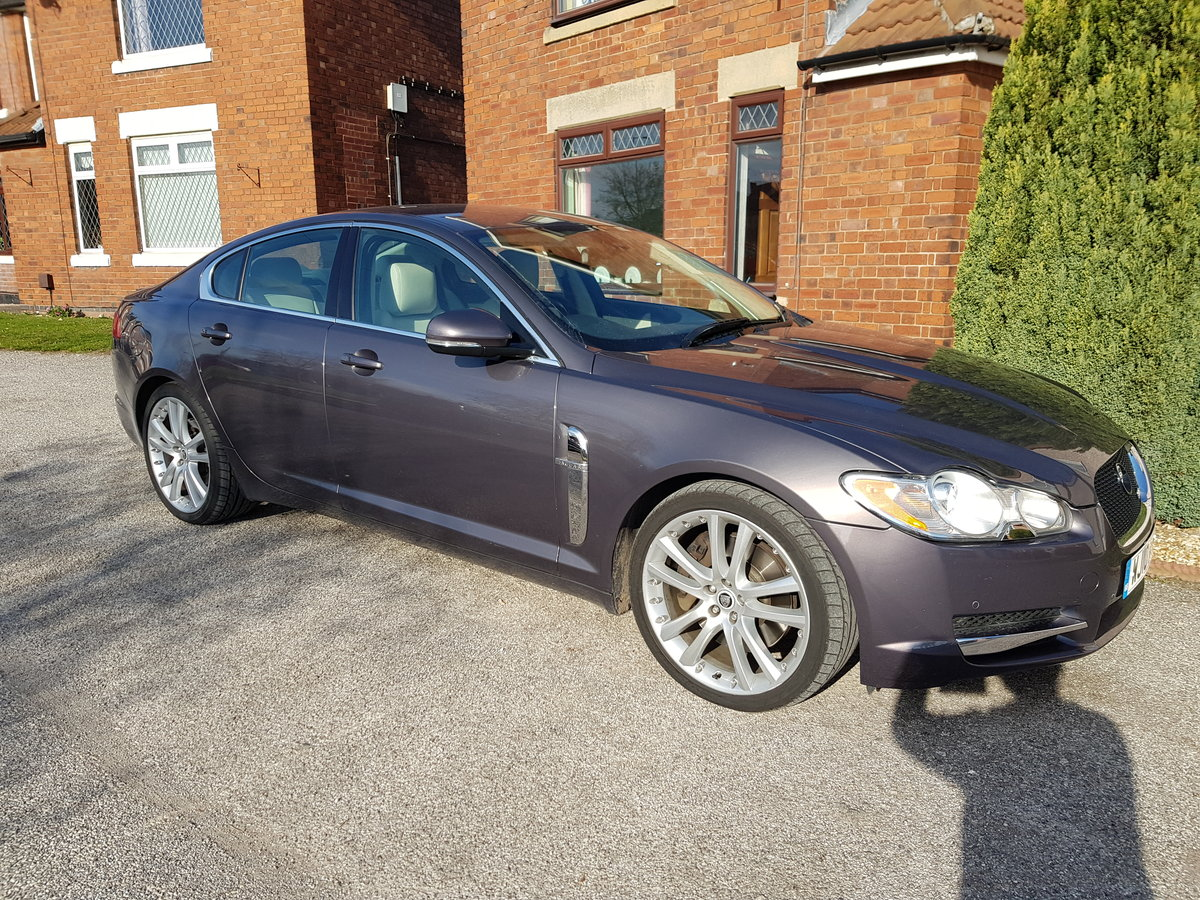 2010 Jaguar xfs with full JAG history mot April low mil For Sale (picture 1 of 6)