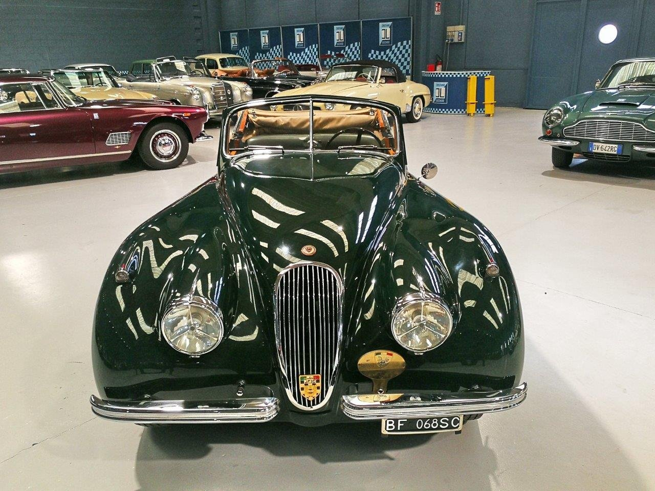 TOTALLY RESTORED  1953 JAGUAR XK 120 DROP HEAD COUPE For Sale (picture 2 of 6)