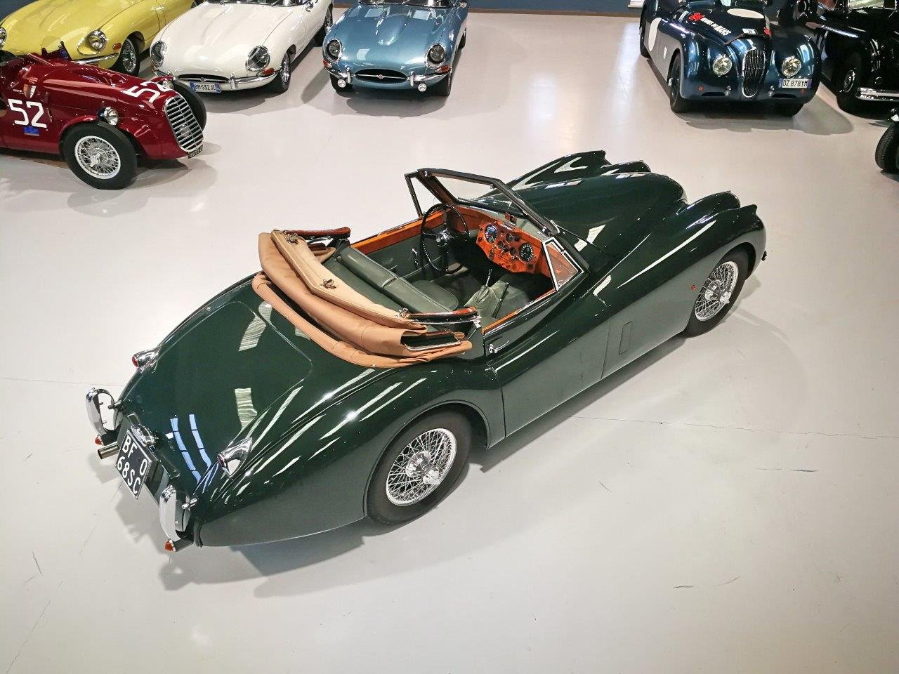 TOTALLY RESTORED  1953 JAGUAR XK 120 DROP HEAD COUPE For Sale (picture 3 of 6)