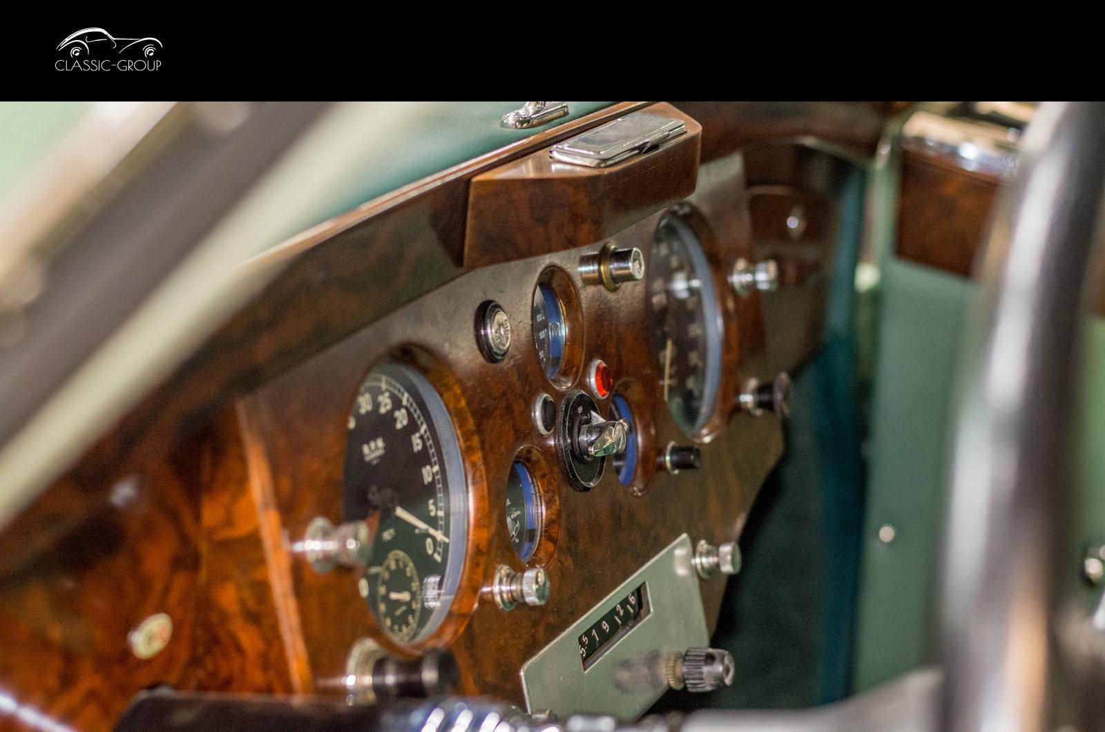 Jaguar XK120 FHC 1952 For Sale (picture 5 of 6)