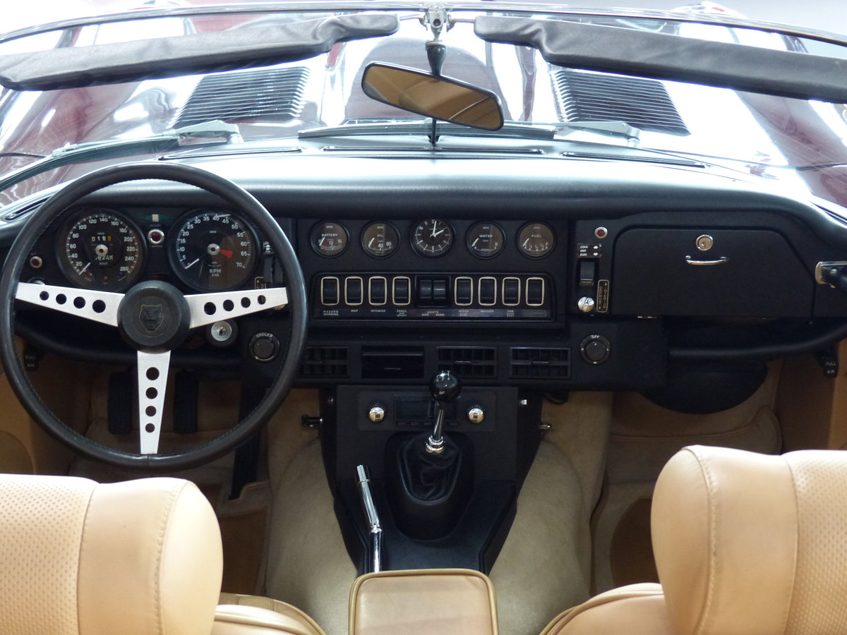 1973 Seltener S3 E-Type mit Handschaltung, Heritage Certificate  For Sale (picture 5 of 6)