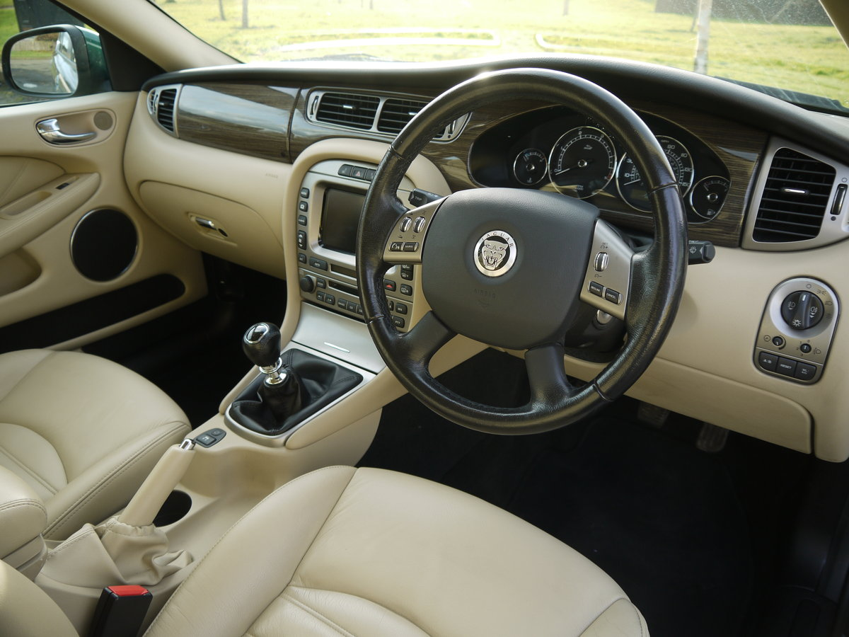 2009 Jaguar X-Type 2.0 D SE ESTATE **1 OWNER, ONLY 34000 MILES**  For Sale (picture 5 of 6)