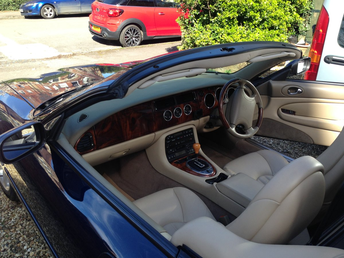 Jaguar XK8 4.0L 2dr Convertible (2000) low mileage For Sale (picture 2 of 6)