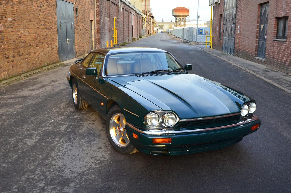 1994 Jaguar XJS coupe 6 litre v12 For Sale (picture 1 of 6)