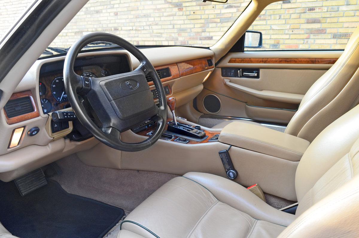 1994 Jaguar XJS coupe 6 litre v12 For Sale (picture 2 of 6)